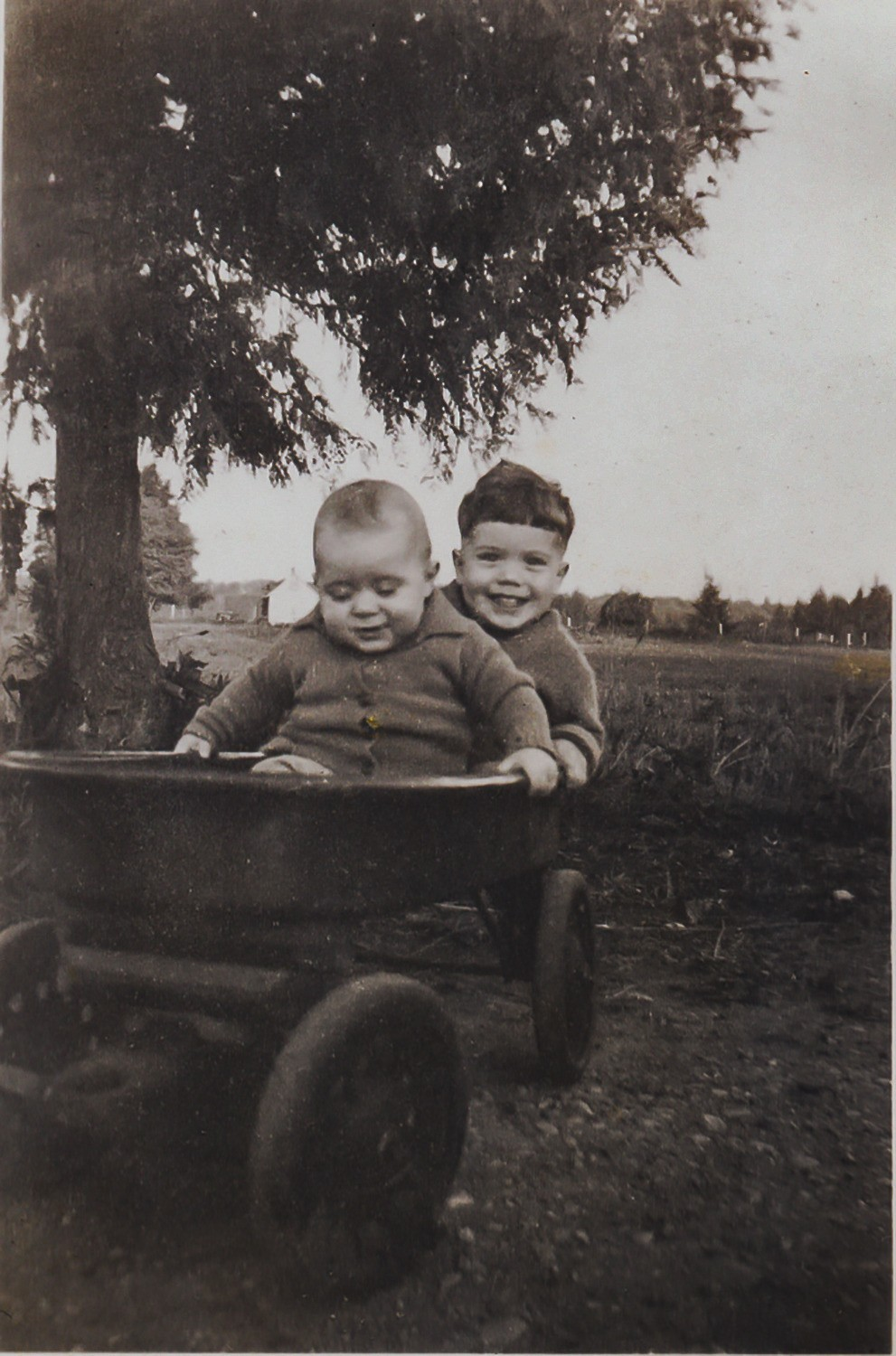 Leslie and David in Wagon